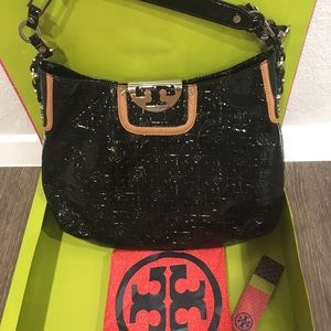 Authentic Tory Burch NWT Patent Hobo W/ Dust Cover